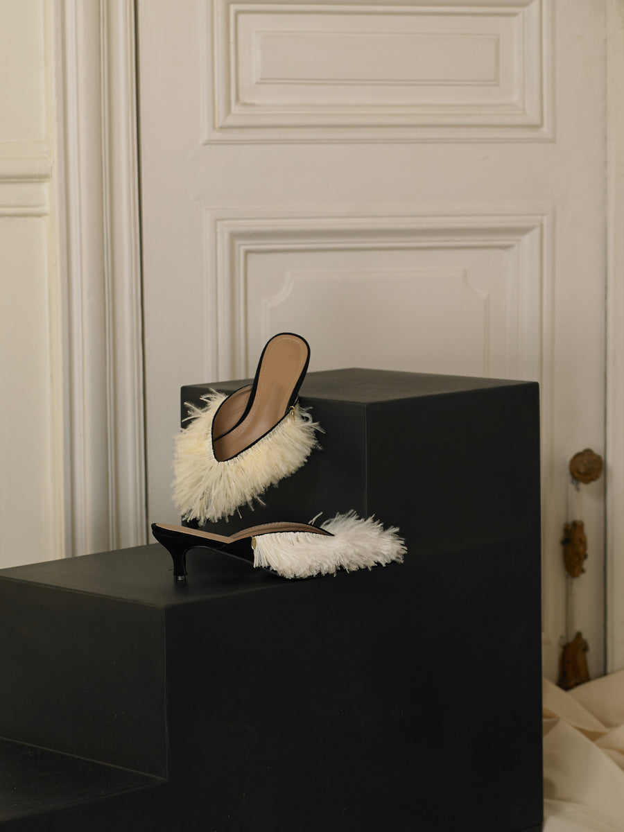 Artisanal Folie Mules - White / Black