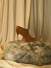 Load image into Gallery viewer, Artisanal Samu Heeled Boots - Mattone/Tarnished Sun