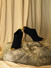 Load image into Gallery viewer, Artisanal Samu Heeled Boots - Black/Gold