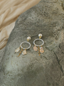 Anadyomene Earrings - Gold/White