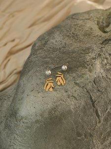 Dosinia Earrings - Gold