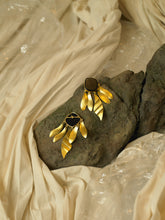 Load image into Gallery viewer, Indra Earrings - Gold/Black - Pair