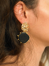 Load image into Gallery viewer, Hafa Earrings - Gold/Black - Pair