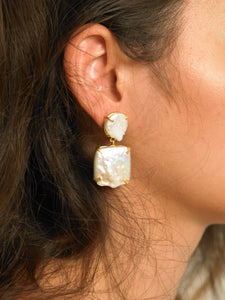 Hoba Earrings - Gold/White - Pair