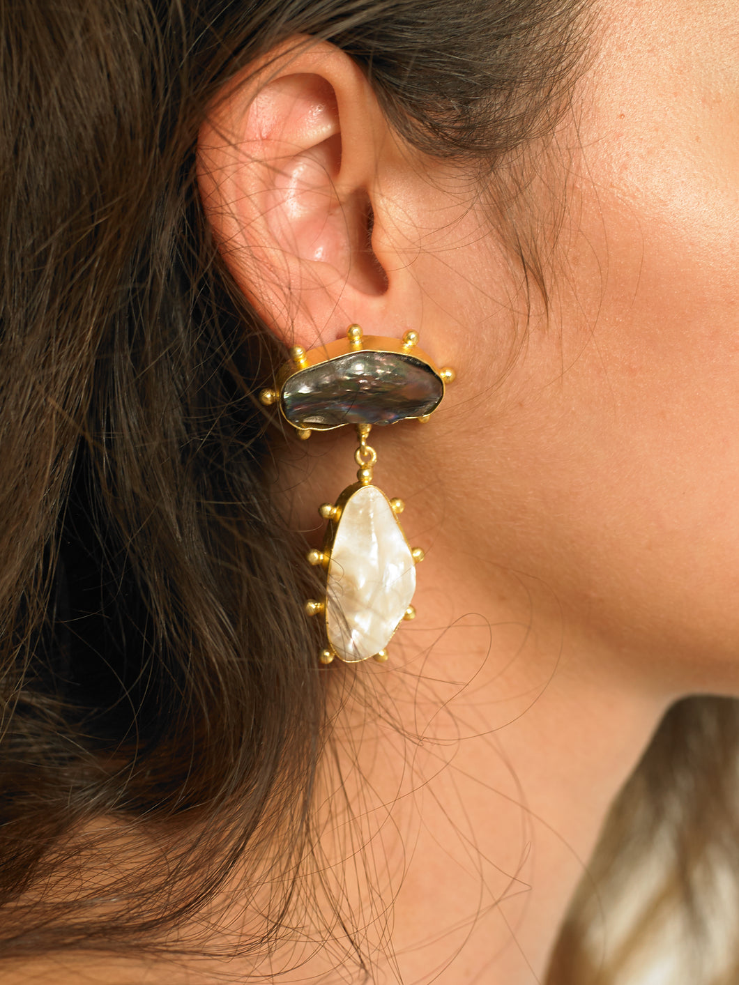 Galia Earrings - Gold/Black - Pair