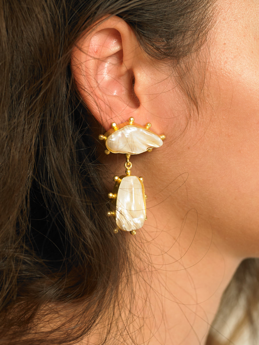 Galia Earrings - Gold/White - Pair