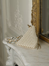 Load image into Gallery viewer, Artisanal Triangular Eruma Pearl Bag - Pearl/Gold