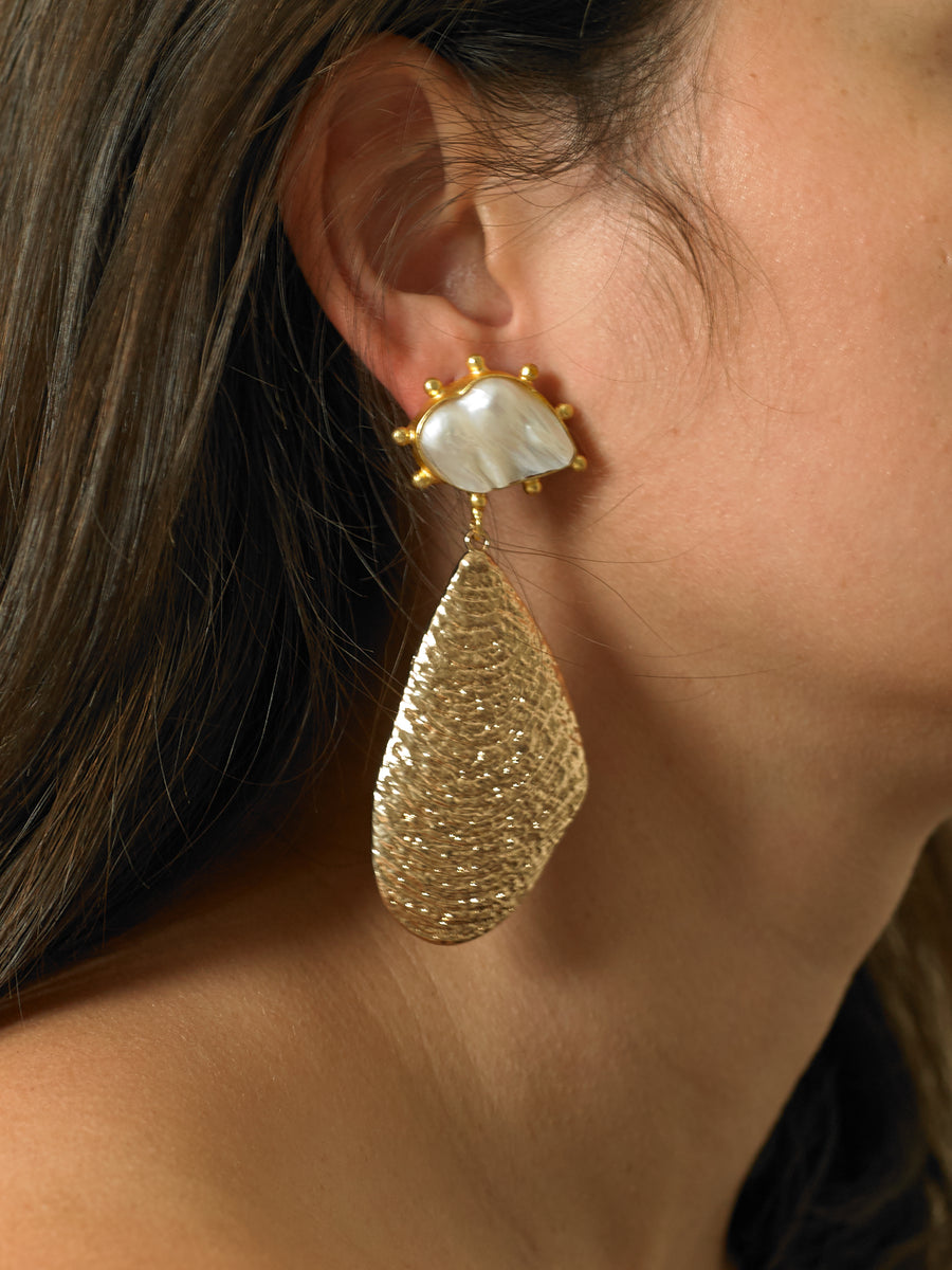 Sova Earrings - Gold/White