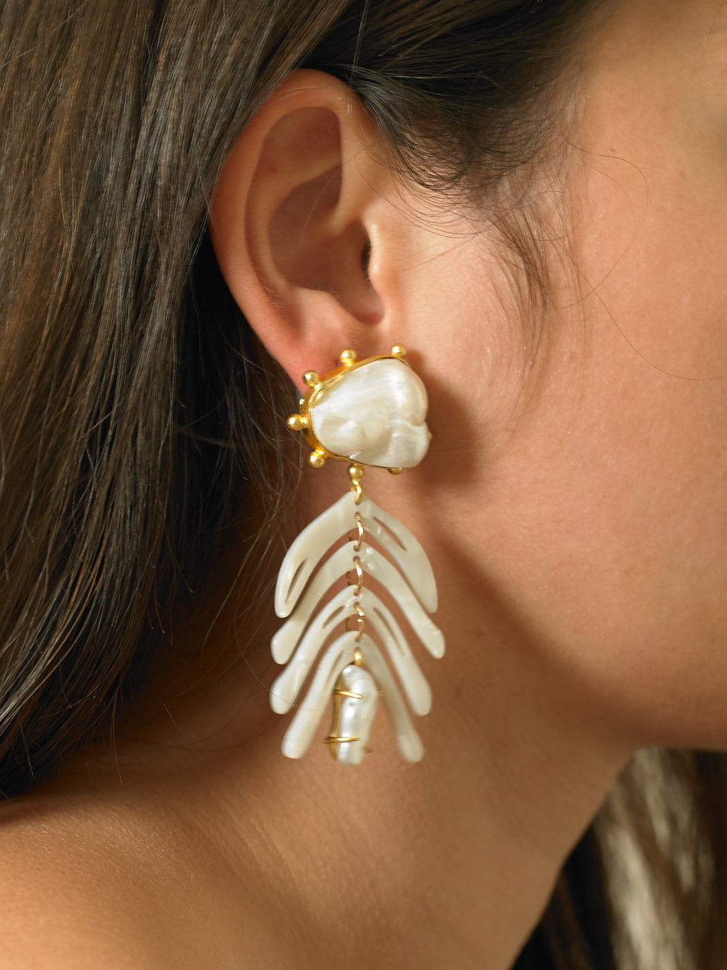 Nira Earrings - Gold/Perla