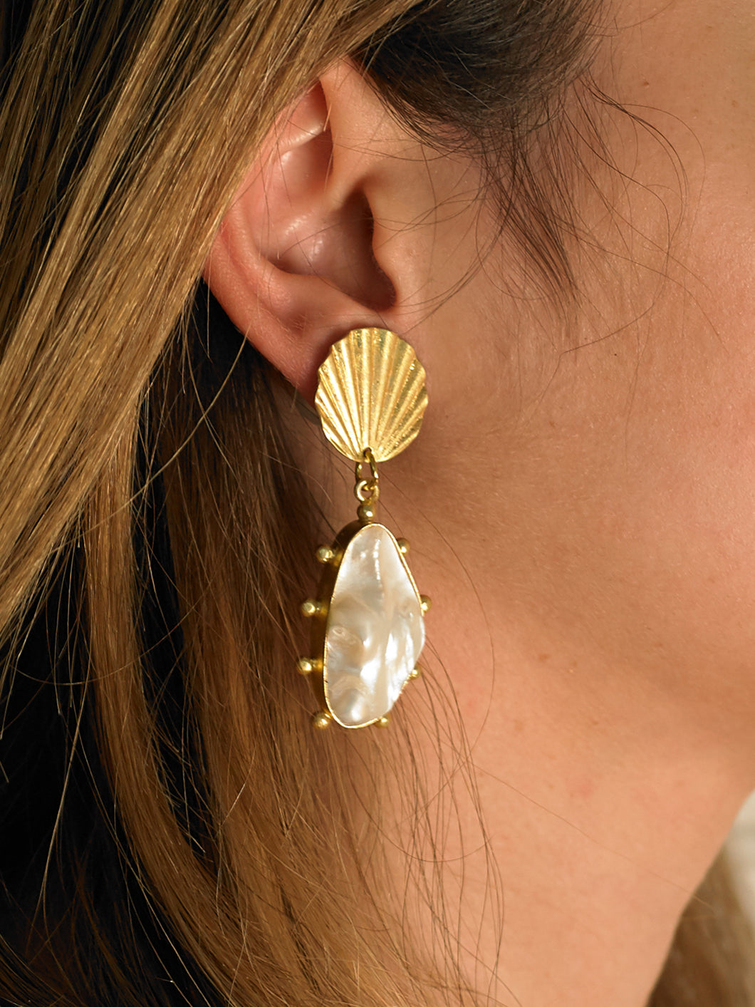Dyome Earrings - Gold/White