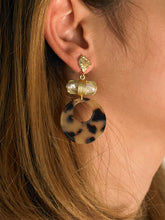 Load image into Gallery viewer, Aida Earrings - Gold/Brown