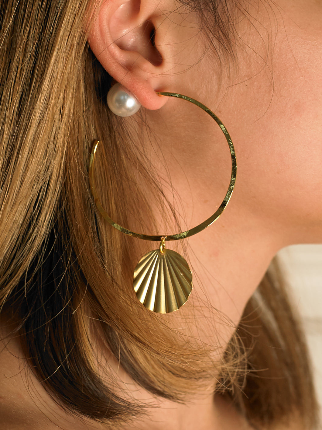 Coquina Earrings - Gold