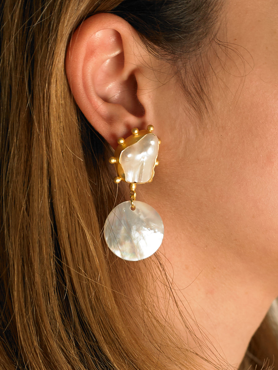 Nadama Earrings - Gold/White