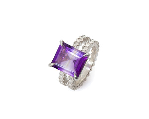 Bicolor Amethyst Honeycomb Ring in Silver