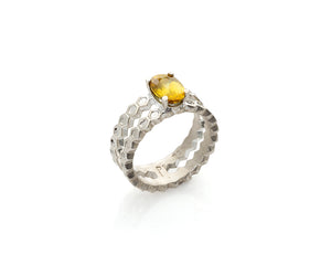 sphene cocktail ring, honeycomb cocktail ring with natural super brilliant sphene gemstone by jewelry artist Peggy Skemp, geometric design, gemstone, sphene jewelry, contemporary jewellery, art jewelry