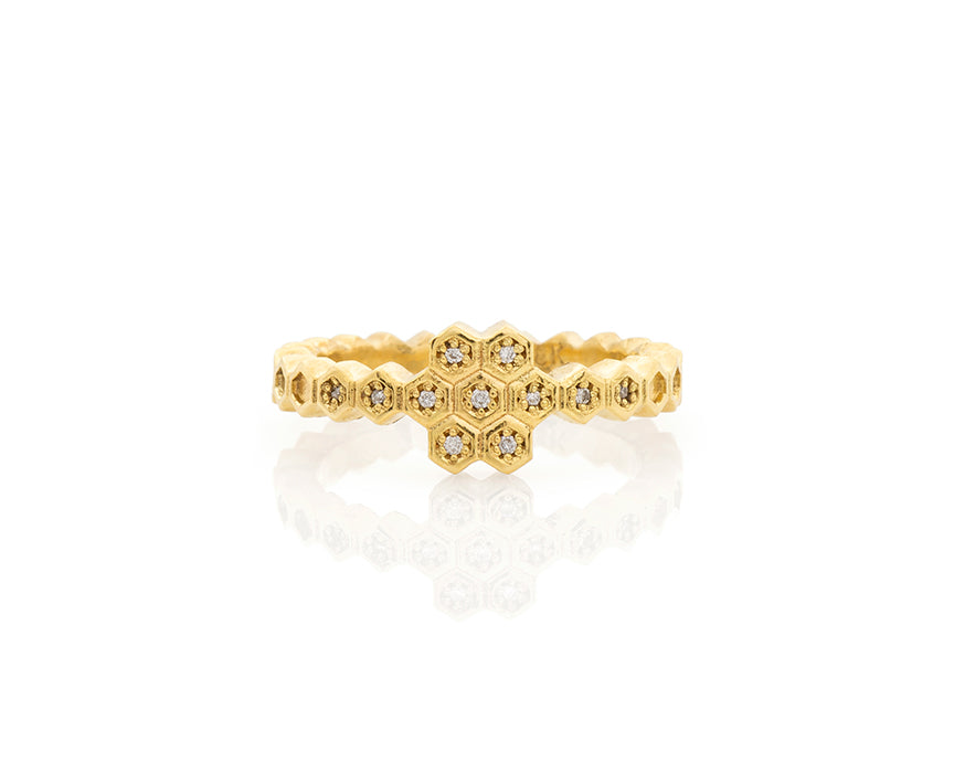 Honeycomb Cluster Ring