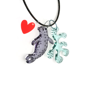 Figure necklace / Seal, Seaweed, Heart