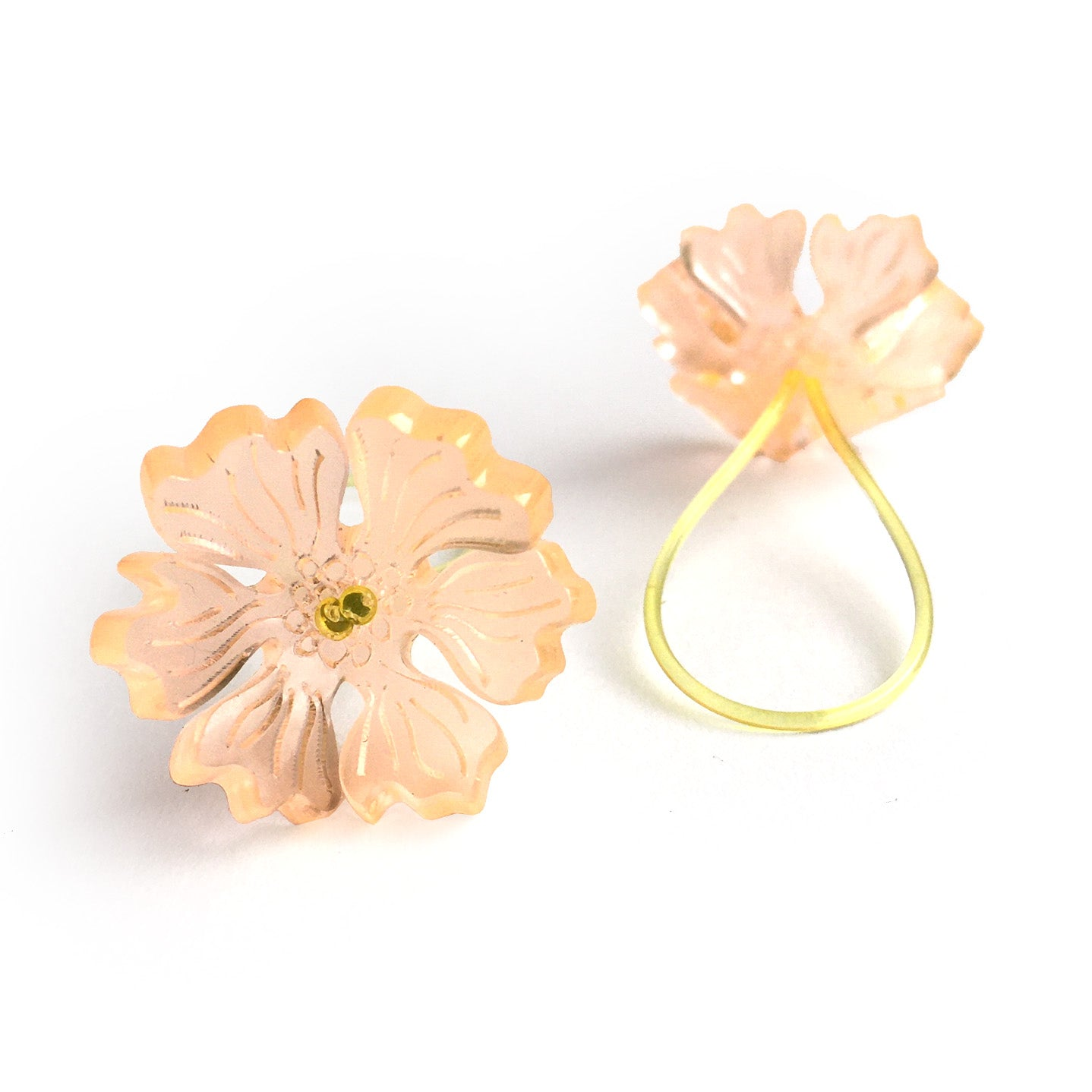 Flower ring / peach
