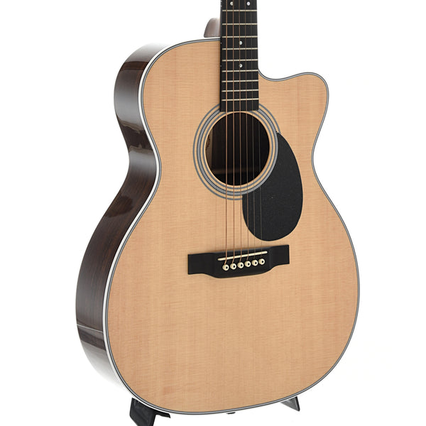 Martin OMC-28E Guitar & Case with Aura VT Enhance Pickup System