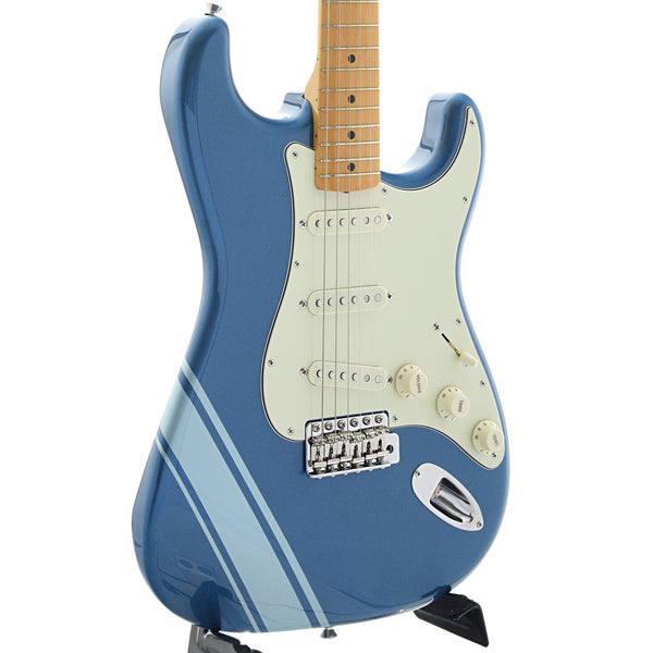 Fender Made In Japan Traditional 50s Stratocaster with Competition Stripe, Lake Placid Blue
