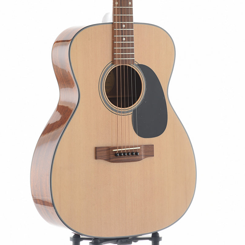 Blueridge B-Stock Contemporary Series BR-43 000 Guitar & Gigbag
