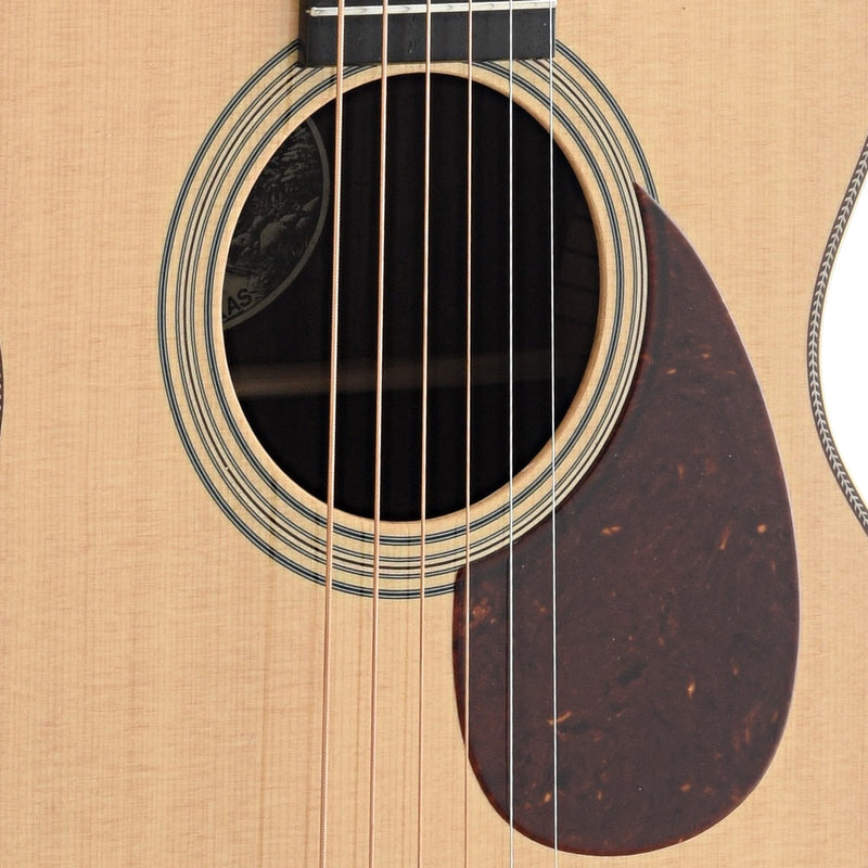 Collings 02HT Traditional Series Guitar & Collings-Made Case