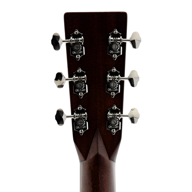 Martin HD-28V Sunburst (2015)