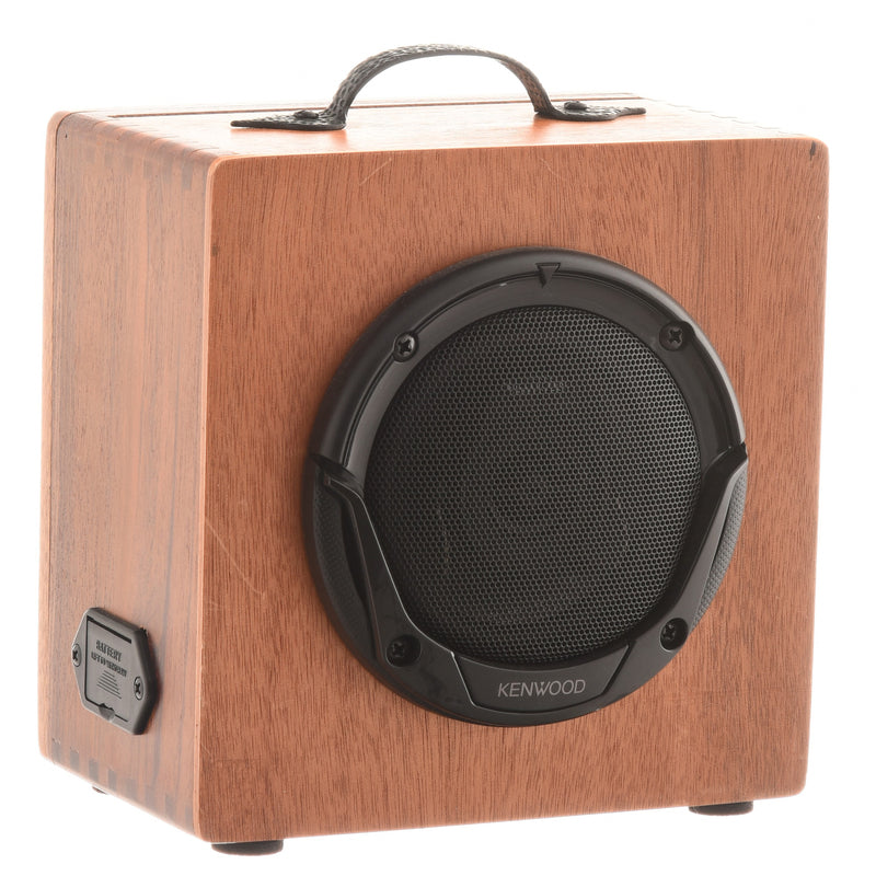 Get Down Guitars Battery-Powered Cigar Box Amplifier