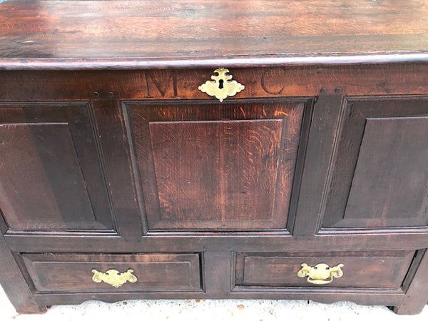 Stunning Georgian Mule/Coffer Chest With Rare Secret Interior Hideaway.