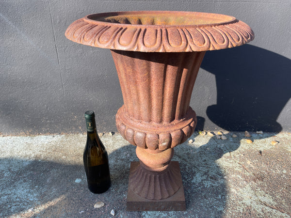 A great looking architectural cast iron garden urn with good aged patina.