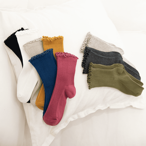Solid Color Ruffled Top Cotton Blend Crew Socks - MoSocks