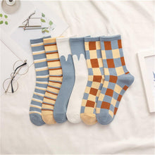Load image into Gallery viewer, 6-pair Blue White Cotton Blend Stylish Socks