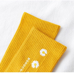 Daisy Print Cotton Blend Comfy Crew Socks