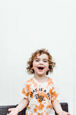 new day kids tee | peaches & cream