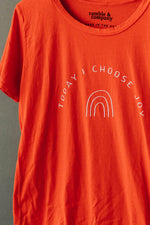 the choose joy everyday tee by Ramble & Company || shop now at rambleandcompany.com or visit our storefront in downtown Wichita Falls, Texas || soft inspirational graphic t-shirts