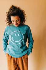 the tx smiley long sleeve | glacier