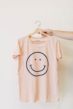 the smile tee | cream tan