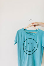 the smile tee | aquifer