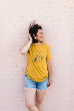 the keep ramblin' tee | mustard