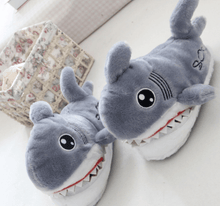 Load image into Gallery viewer, Biting Shark Indoor Slipper