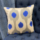 Silk cushion blue with grey spots