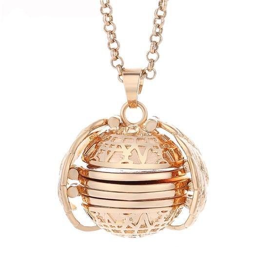 4 Photo Locket Necklace - eDealMentor