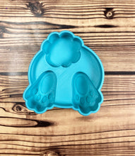 Load image into Gallery viewer, Bunny Bath Bomb Mold Press