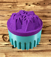 Load image into Gallery viewer, Snowflake Bath Bomb Mold Press