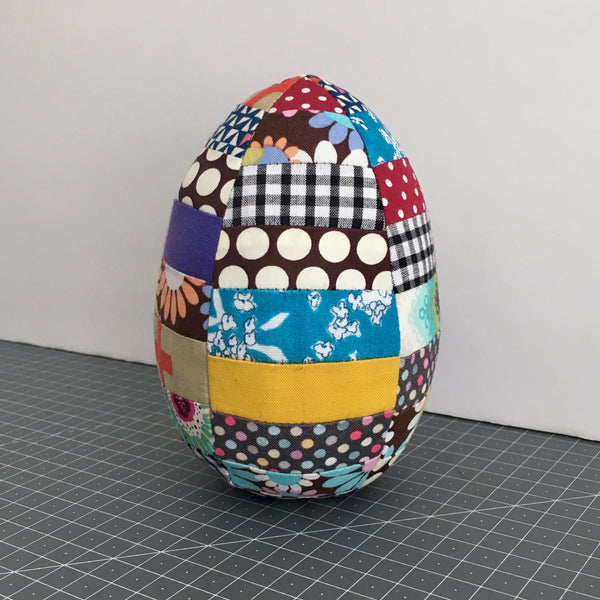 Jumbo Easter Egg - Free Pattern and Tutorial