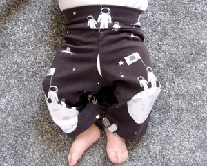 Roo Top and Marley Bottoms, printed sewing pattern for babies and toddlers, 0 - 24 month old