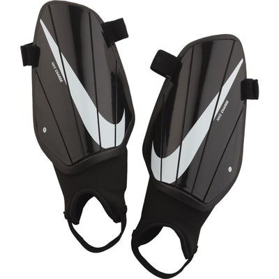 NIKE CHARGE SHINGUARD- BLACK/WHITE