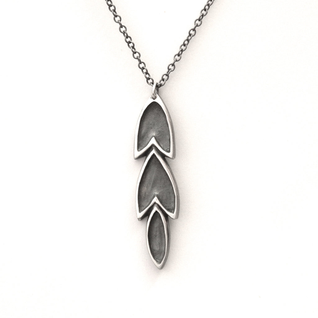 The Revival long leaf necklace - e. scott originals