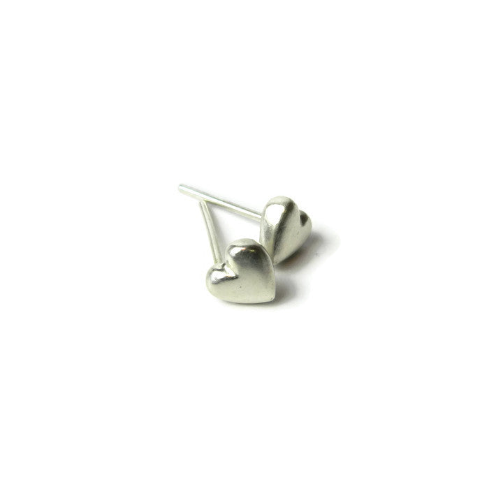 lil' love heart studs - e. scott originals