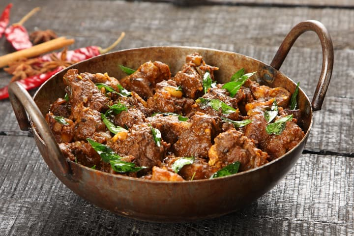 Indian lamb curry recipe seasoned with ground ginger spice.